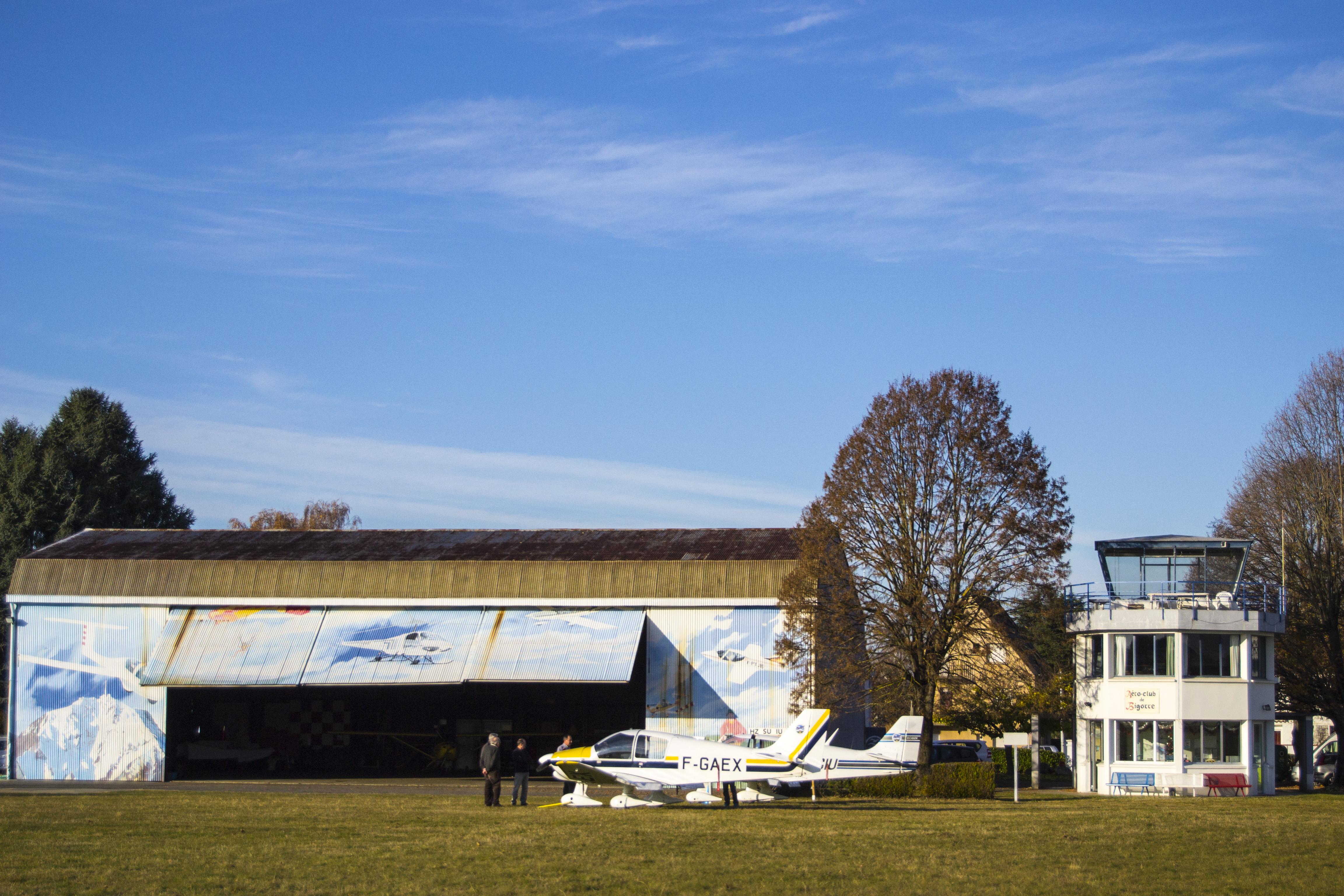 hangars aéroclub